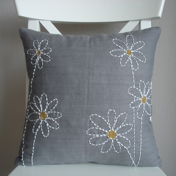 daisy embroidery pillow