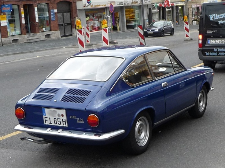 Meiner war Oker Farben  Fiat 850 Sport Coupe; the car of my dreams.