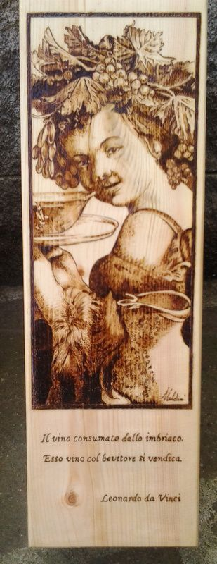 Cassetta per vino decorata a pirografia.    www.bottegamastrociliegia.it