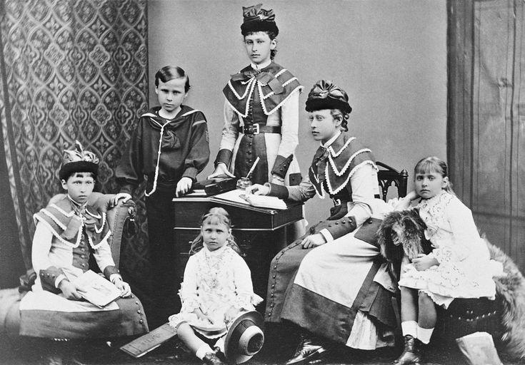 Hessenin sisarukset http://www.tunturisusi.com/prinsessatjaprinssit//