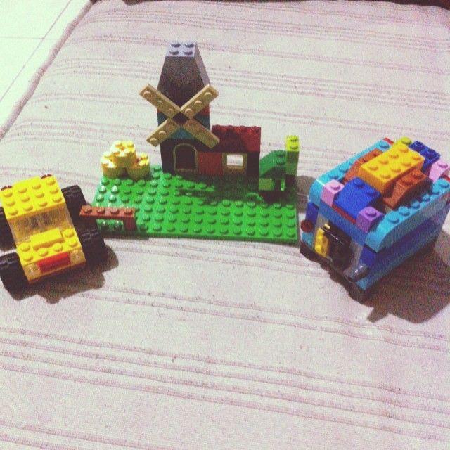 Ngabuburitnya si dede #LEGO #Classic #full #color #ngabuburit #puasa #gyan #rumah #kincir #angin #mobil #car #panggangan #roti #happy #bored