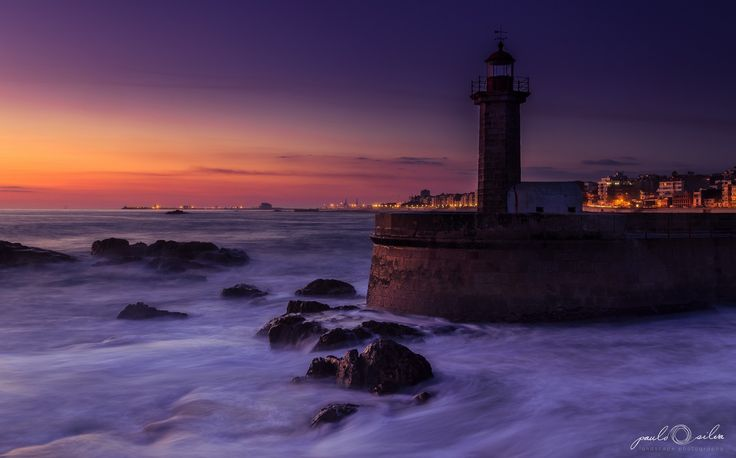 The Lighthouse - Foz Do Douro, Twilight - OGQ Backgrounds HD
