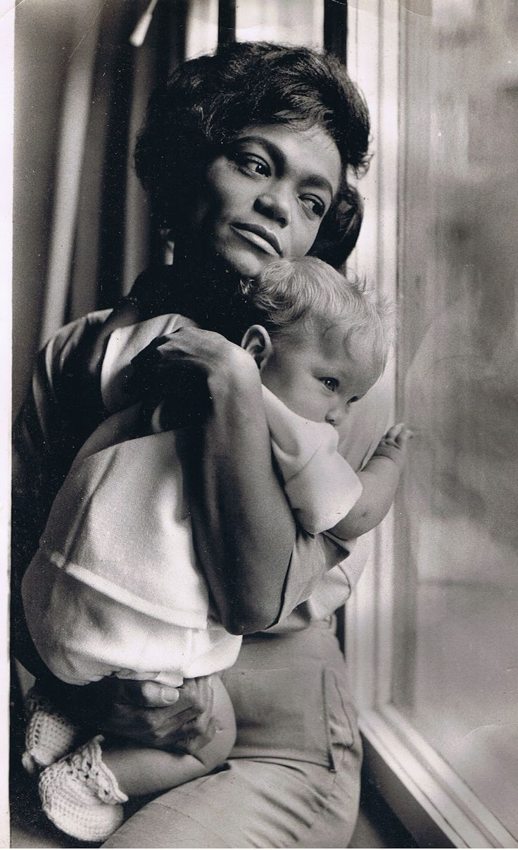 """Eartha Kitt and daughter Kitt McDonald photographed for Ebony magazine by Moneta Sleet, 1962. Miss Kitt made her priorities very clear during the interview: """"My baby travels with me."""""""