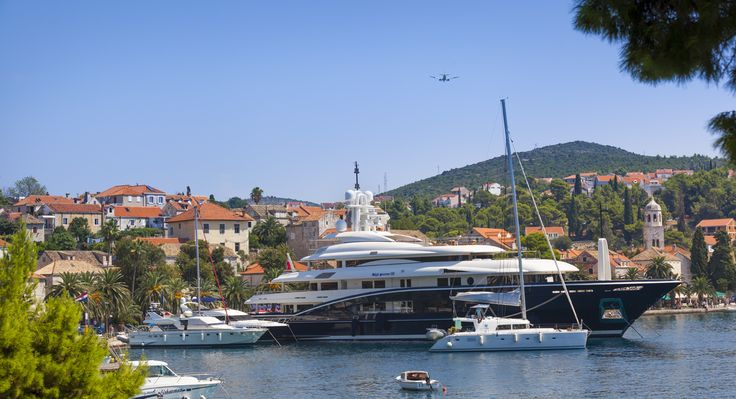 Old town is a magnet for big yachts and jet set. Find out more: http://www.remisens.com/en/hotel-albatros?utm_source=Pinterest&utm_medium=Albatros&utm_campaign=SocialMedia&utm_content=yacht ........................................................................................................................................................... #cavtat #dubrovnik #holiday #croatia #kvarner #vacation #travel