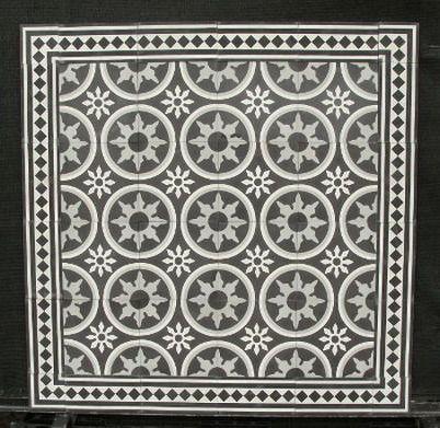 Portugese tegels,cementtegels CIRCLEZ 2 in combinatie met Border 20-F18 uit de collectie van www.floorz.nl. Encaustic floor tiles, cement tiles FLOORZ collection