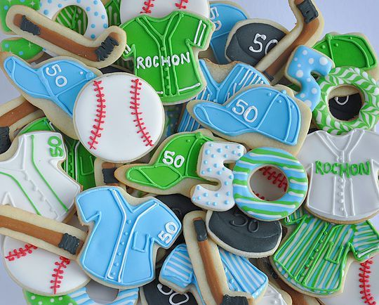 Hockey and baseball cookies. Johanie les biscuits | Biscuits