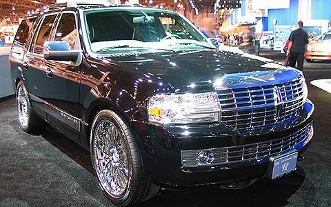 7 Lincoln Navigator Beckham S Lincoln Navigator Is Often A Cars