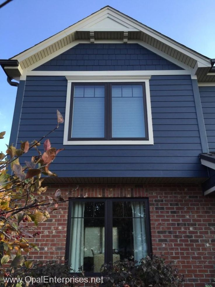 Deep Ocean James Hardie Siding Paired With Brick