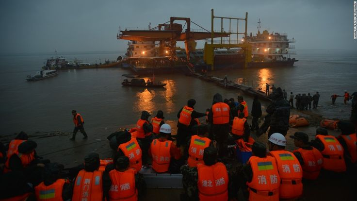 Capsized Ship in China's Yangtze River: Death Toll Now at 65 - http://gazettereview.com/2015/06/capsized-ship-in-chinas-yangtze-river-death-toll-now-at-65/