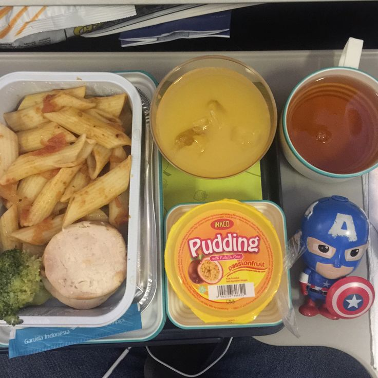 Menu : Pasta with Chicken Roll from Garuda Indonesia Airlines, route from Jakarta to Kuala Namu, Medan.