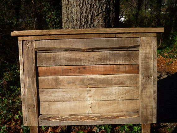 Would love this kind of headboard for devin's roomWeather Wood, Hunting Room, Crafts Furniture, Pallets Furniture, Vintage Headboards, Old Pallets, Bedrooms Decor, Barns Wood, Devin Room