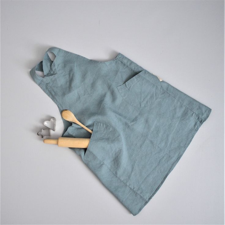 Children's 100% stonewashed French linen apron in Dusty Blue colour