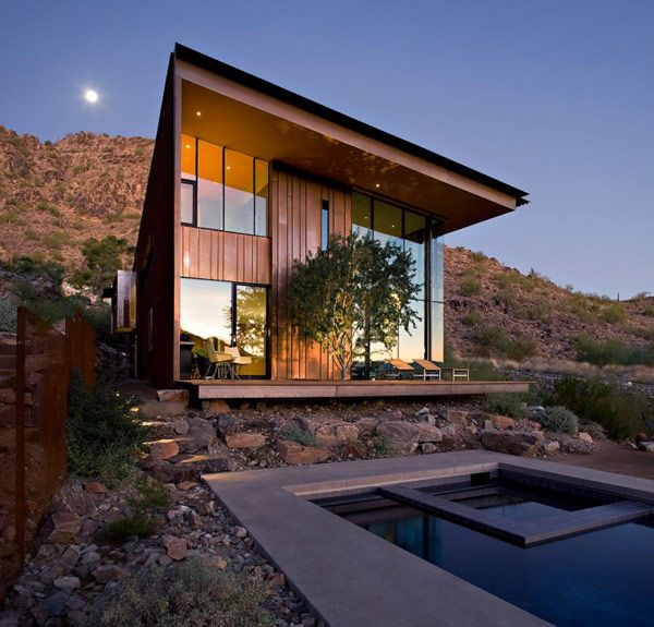 Jarson Residence is a secluded 4,440 square foot contemporary home designed by Phoenix-base studio will bruder+PARTNERS and located in Paradise Valley, Arizona, USA. Lovely home in tune with its surroundings.