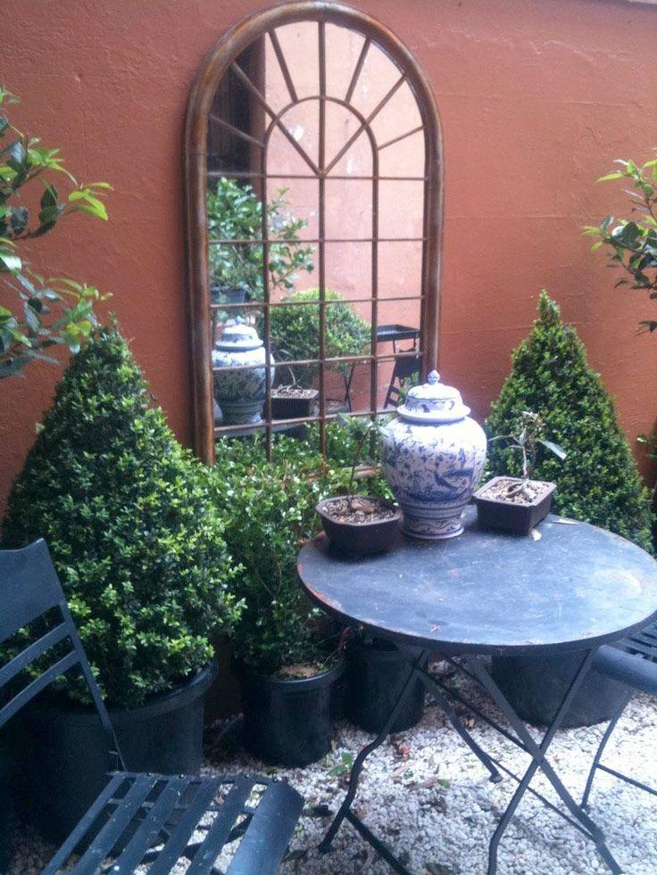 25 beste idee n over tuin spiegels op pinterest buiten spiegel tuin screening en hekwerk - Deco tuin met zwembad ...