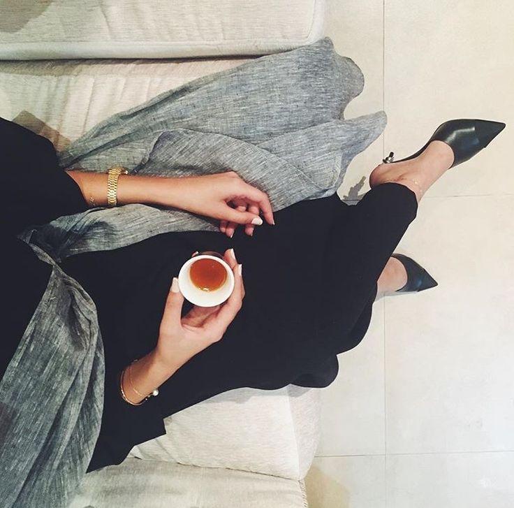 IG: Aaldhuhoorii || IG: BeautiifulinBlack || Abaya Fashion ||