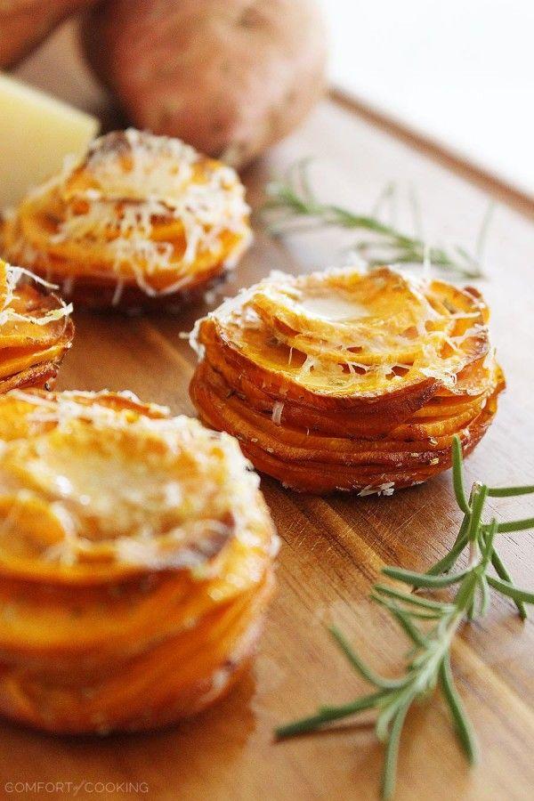ポテトの新しいアイディア! ポテトを重ねるだけでおしゃれな一品になってしまうポテトスタック。 ハーブを混ぜたりチーズを混ぜたり、グラタン風にしてみたり、アレンジだって楽しめるパーティーにもってこいのレシピです。