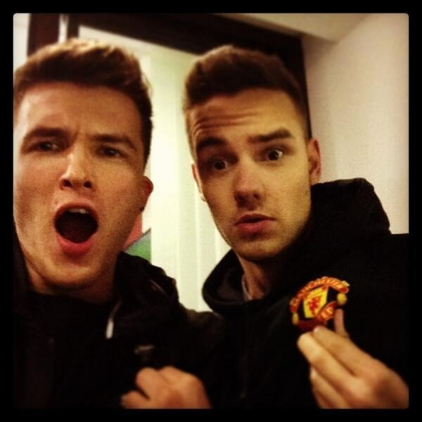 Liam Payne and Josh Devine .... They look so much alike they could pass as brothers