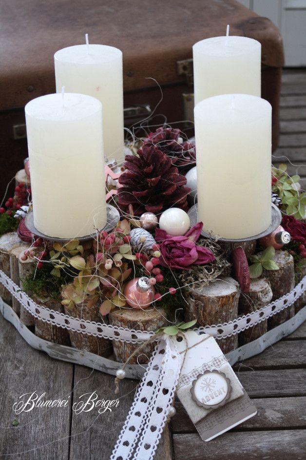 """Weihnachtsdeko - :::: Adventsdeko """" Shabby Chic """" rund :::: - ein Designerstück von BlumereiBerger bei DaWanda"""