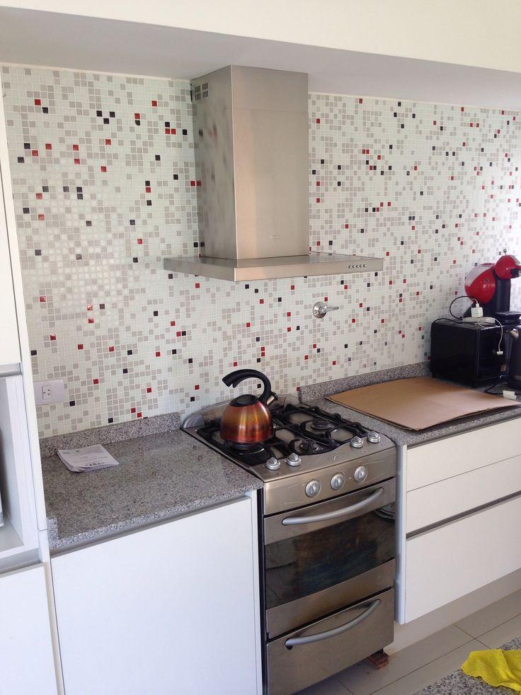Revestimiento de cocina con venecitas buscar con google for Guardas para cocina modernas