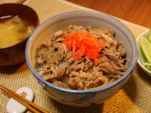 This recipe is awesome! I tried it at home and it's so close to Yoshinoya Beef Bowl, my craving was satisfied! Worth making! Make Your Own Yoshinoya Beef Bowl at Home, Even Better Than the Original. 【Recipe】