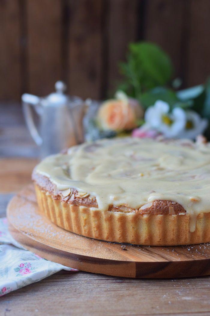 Bratapfelkuchen mit Ahornsirup Zimtsauce - Baked Apple Almond Tarte with maple syrup cinnamon sauce #herbst #fall #cake #applecake | Das Knusperstübchen