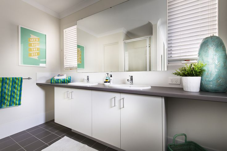 Ensuite - Monroe Display Home - Homebuyers Centre - Baldivis, WA Australia