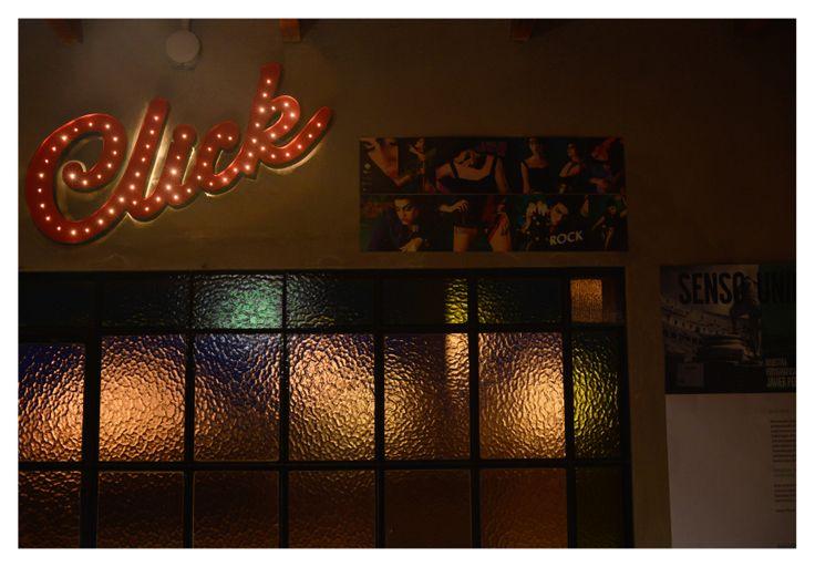 Carteletra estilo las Vegas en el estudio Dos Tercios - casa de fotógrafos by V Studio DG