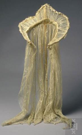 Kraag gedragen door Magda Janssens als Elisabeth van F. Brücker   Modemuze