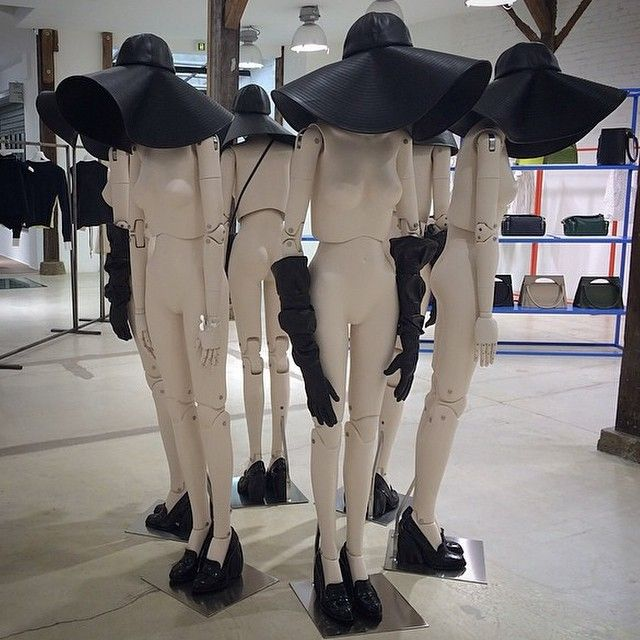 17 best images about mannequins on pinterest milan italy window and tv series. Black Bedroom Furniture Sets. Home Design Ideas