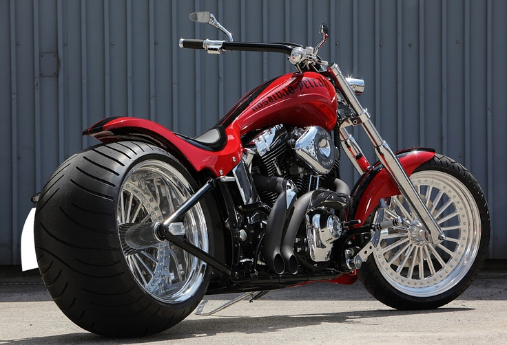 J.D RED : 2003 DEUCE 330 WIDE TIRE CUSTOM | @BAD_LAND #harley