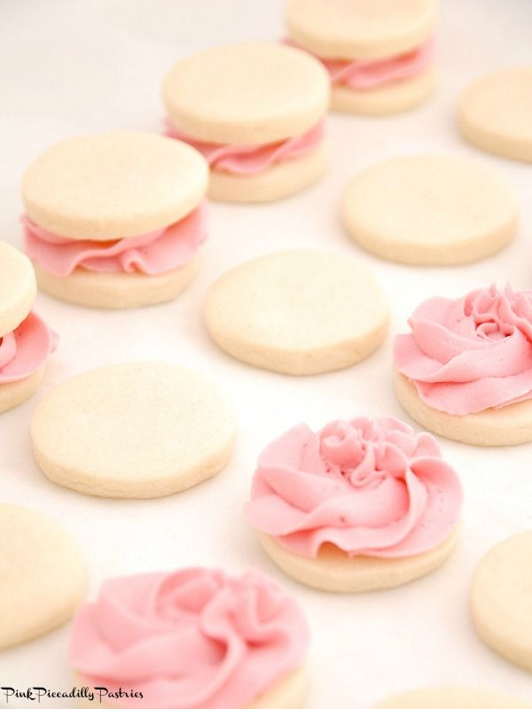 I have just discovered MELTING MOMENTS cookies   and adore  them!! These little lovelies are similar to shortbread   and just melt in yo...