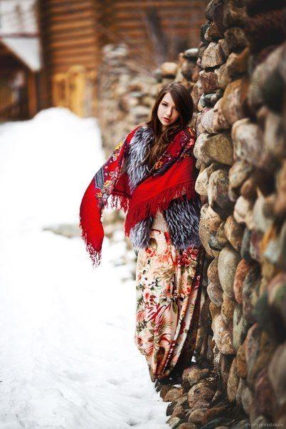 Russian girls. Russian beauty. Traditional scarf - The russian style - #fashion #moda - #mode