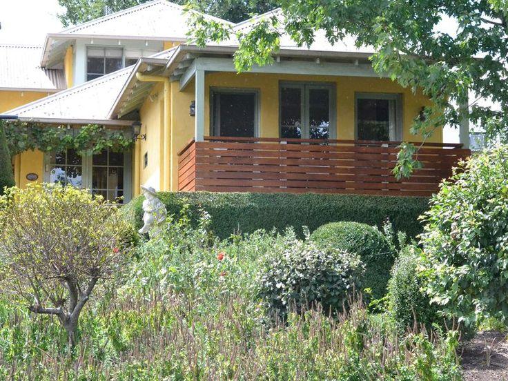 Ashrowen - Berrima, Country, a Berrima Cottage   Stayz