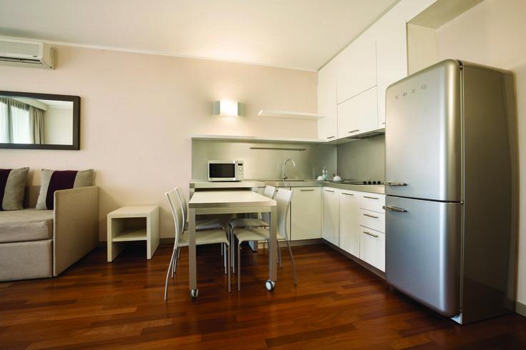 Ramada Plaza Milano Apartment