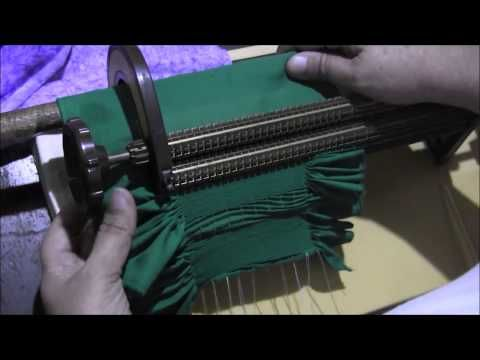 Video frunciendo con la máquina para bordar smock - YouTube