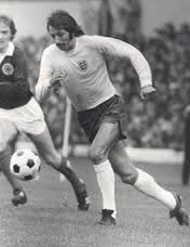 Frank Worthington began his career as a forward for Huddersfield Town in 1966 before playing for Leicester City, Bolton Wanderers, Birmingham City, Leeds United, Sunderland, Southampton, Brighton and Hove Albion, Tranmere Rovers, Preston North End, Stockport County and Galway United. Worthington played into his 40s making 757 English League appearances and scoring 234 goals. He also played in the United States, South Africa, Sweden and in English non-League football.
