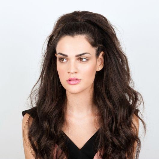Χτενίσματα για μακριά μαλλιά και πώς να τα κάνεις βήμα- βήμα! - Tlife.gr