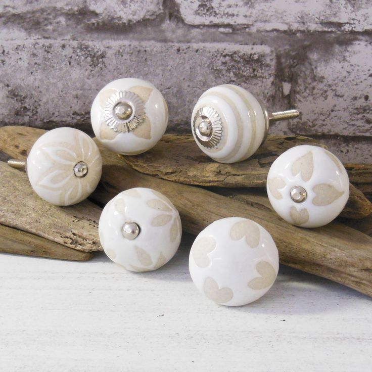 PKS22 - Set of 6 Beige and Cream Ceramic Porcelain China Cupboard Door Knobs suitable for chest of drawers, wardrobes & kitchen doors by PushkaHome on Etsy https://www.etsy.com/listing/237267105/pks22-set-of-6-beige-and-cream-ceramic