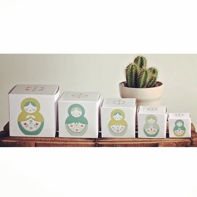 It's what's inside that counts! Shop now: http://selfpackaging.com/matrioskas-printed-boxes-matryoshka-dolls-1153.html // #matryoshka #matryoshkadolls #nestingdolls #russianinspiration #homedecor