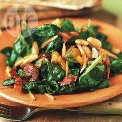 Warm spinach, mushroom and bacon salad @ allrecipes.com.au