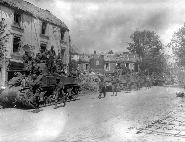 La 90th Infantry Division, secteur Mayenne. 5-4 Aout 1944.