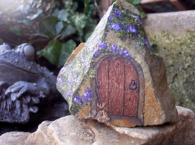 'Tiny Fairy Door - OOAK Hand Painted Rock Art' is going up for auction at  3pm Fri, Jan 11 with a starting bid of $10.