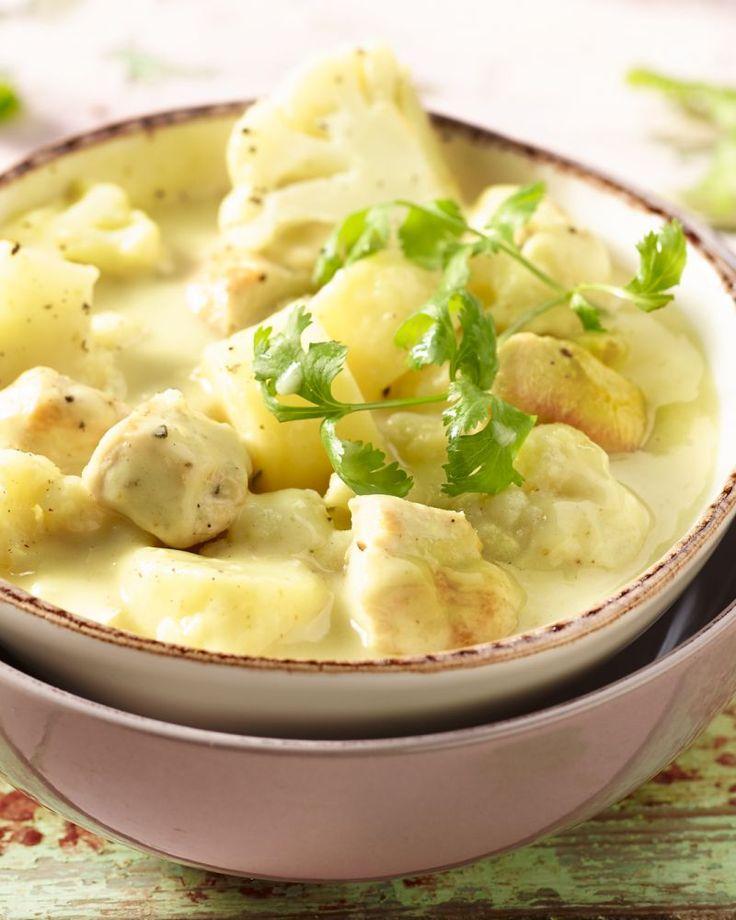 Curry met kip en aardappel in kokosmelk