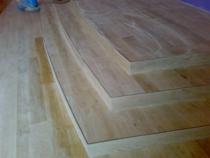 Eiken houten podium met een band afwerking