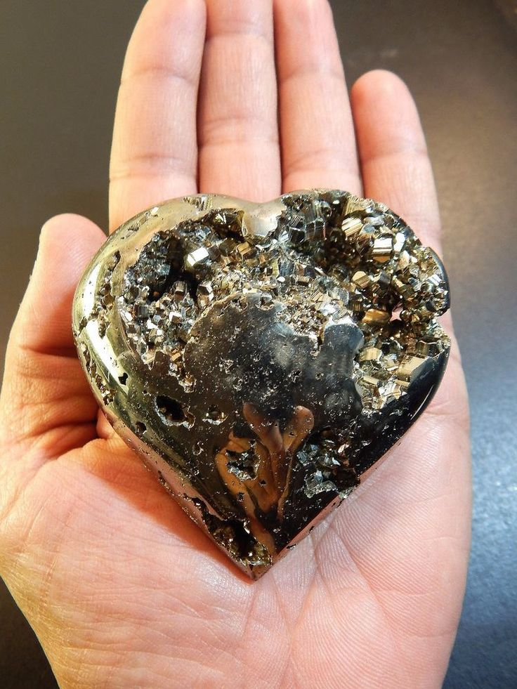 "Pyrite Heart Crystal LARGE Polished Palm Stone Geode Rock 2.75"" 12oz (PY5)"