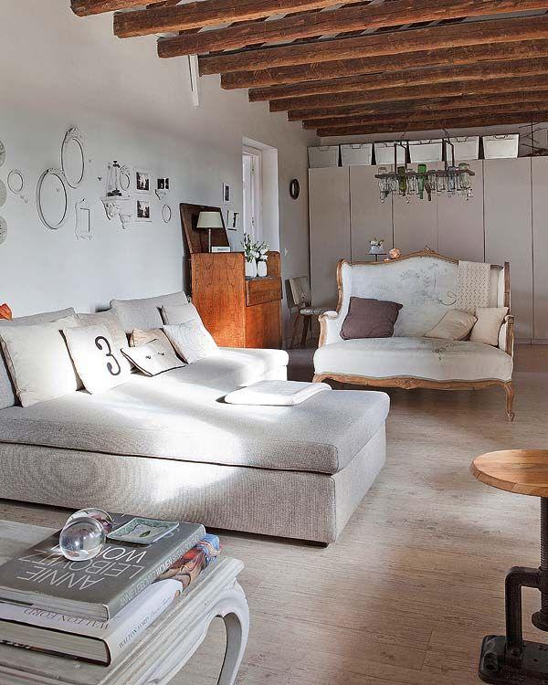 Un appartement sous les toits plein de douceur à Madrid - PLANETE DECO a homes world