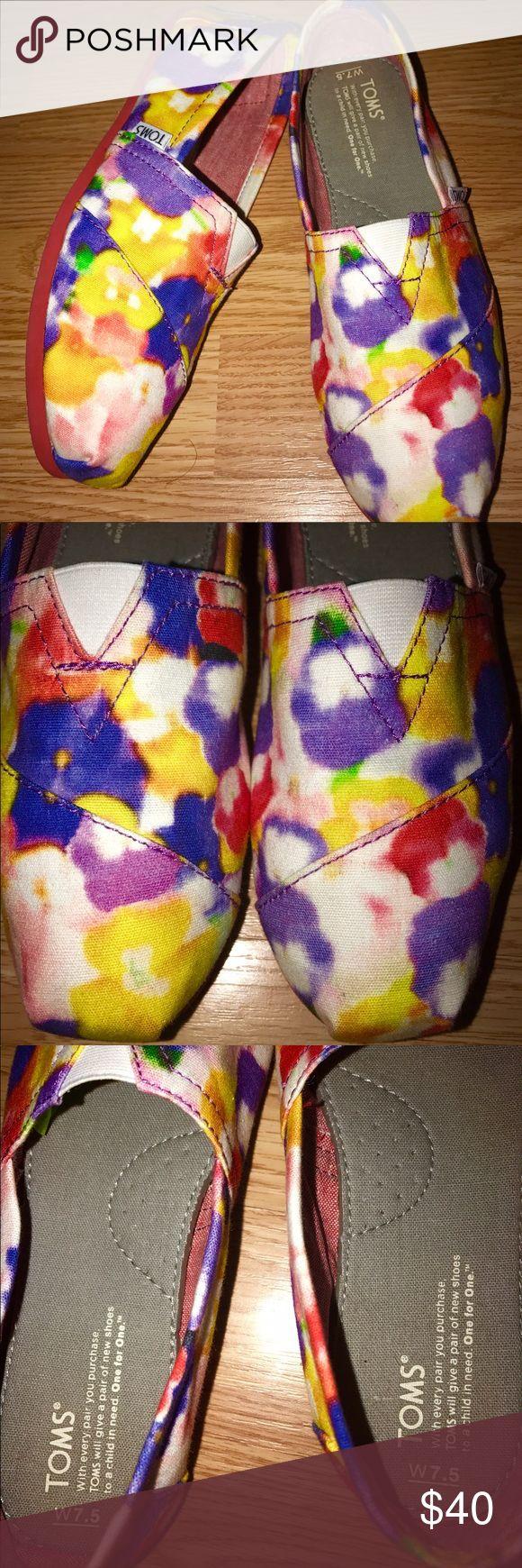 PRETTY FLORAL TOMS Excellent condition, water color floral unique toms. No visible wear. TOMS Shoes Flats & Loafers