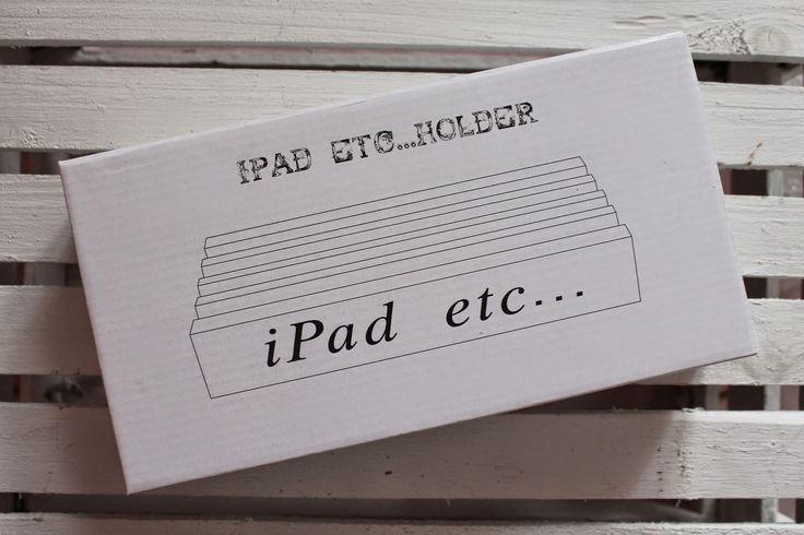 iPad Wooden Holder - Raining Cake