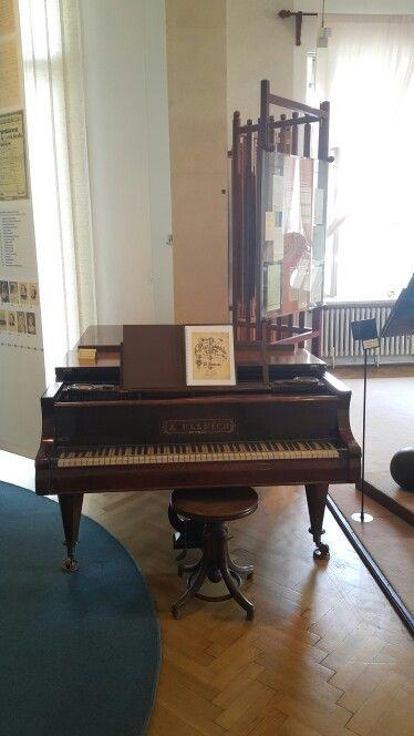Piano de  Bedrich Smetana.  Praga
