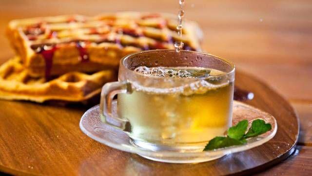 Tea :: Chás de A a Z :: Vinte infusões de ervas, frutas e flores para você se aquecer na temporada de outono-inverno e se beneficiar dos efeitos medicinais. Veja ainda como preparar e harmonizar.